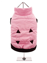 Pink Quilted Coat - Practical and fashionable in girly pink trimmed with a dark brown elasticated ribbed hem for a nice neat fit. The soft fleece lining will certainly keep your pup snug and warm. The coat is finished with two pockets and fastens along the underside with four poppers making it easy to both dress your d...